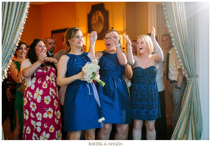 wedding bouquet toss signatures ottawa