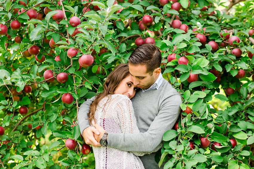 apple_orchard_engagement_028