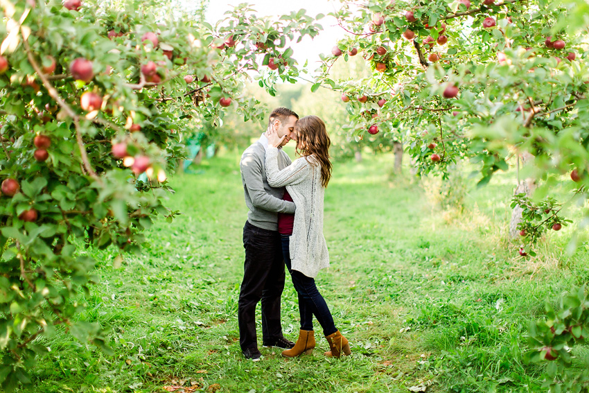 apple_orchard_engagement_032